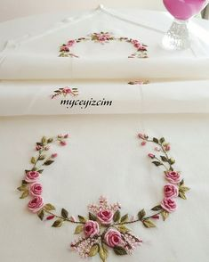 how to do brazilian embroidery stitches Embroidery On Clothes, Wool Embroidery, Hardanger Embroidery, Hand Embroidery Stitches, Silk Ribbon Embroidery, Embroidery Hoop Art, Cross Stitch Embroidery, Embroidery Supplies, Embroidery Flowers Pattern