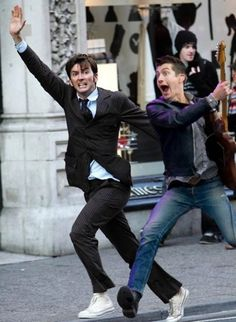Words cannot describe how happy this picture makes me David Tennant and Alex Turner in places they shouldn't be