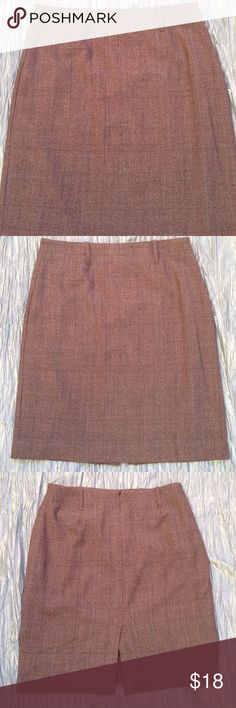 Superbowl Sale!   CAbi skirt Fully lined brown plaid skirt. Professional and gorgeous. CAbi Skirts Pencil