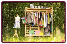 I want one of these Garment Racks to keep me organized at home......need to find one!