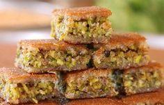 Knaffeh with pistachio