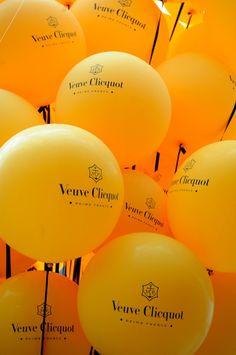 Boutique, Veuve Cliquot ~ oh la la! Orange Aesthetic, Rainbow Aesthetic, Aesthetic Colors, Mellow Yellow, Orange Yellow, Black N Yellow, Color Yellow, Mustard Yellow, Red Green