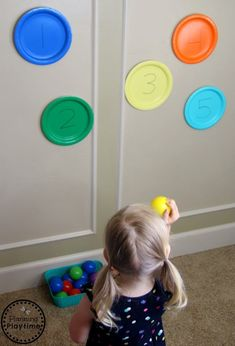 Toddler Activities - Planning Playtime - Throw and Count – Gross Motor and Counting Toddler Activities . Toddler Gross Motor Activities, Fun Activities For Toddlers, Motor Skills Activities, Movement Activities, Gross Motor Skills, Indoor Activities, Infant Activities, Preschool Activities, Parenting Toddlers