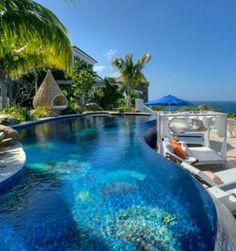 Pool Fantastico color de agua.