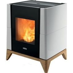 Smartheat : supplying wood pellet stoves to Irish homes since Our mission is to provide sustainable wood heating solutions for your home. Convection Stove, Wood Pellet Stoves, Fireplace Heater, Cooking Stove, Wood Pellets, House Inside, Tiny House, Fireplace Design, Home Appliances