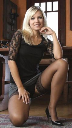 I'm rolling around, bound hand and foot and gagged, hopelessly trying to get free while she laughs at me. Why did I choose her flat to try to burgle? Nylons, Pantyhose Legs, Stockings Legs, Stockings And Suspenders, Vintage Stockings, Sexy Older Women, Sexy Women, Up Skirt Pics, Gorgeous Blonde