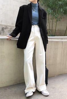 Korean Casual Outfits, Korean Fashion Casual, Casual Work Outfits, Korean Street Fashion, Retro Outfits, Stylish Outfits, Kpop Fashion Outfits, Blazer Fashion, Loose Pants Outfit