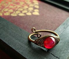 Pink Agate Wire Ring, Raspberry Agate Wire Wrapped Ring, Herringbone Weave Brass Wire Ring