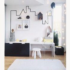 Black & White kids room - Cameretta bianco e nero Ghost chair Kartell ikea stuva washi tape