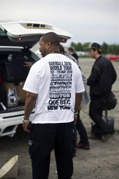 Xzibit wears a Gumball Tour T-shirt! 5b6766eb9ba9