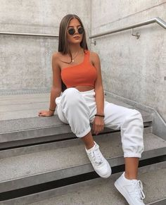 Musa do estilo: Christina Alexia - Guita Moda Cute Comfy Outfits, Lazy Outfits, Teenager Outfits, Mode Outfits, Stylish Outfits, Summer Outfits, Girl Outfits, Fashion Outfits, Sporty Fashion