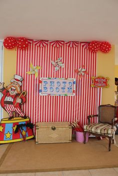 "Circus /Carnival Party / Birthday ""Under the Big Top"""