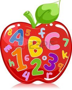 Manzana roja que tiene inscritos letras y números. Foto de archivo.