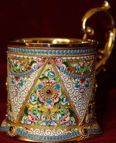 A striking glass-holder. Glass Holders, Cup Holders, Tea Service, Russian Art, Silver Enamel, Tea Pots, Glass Art, Metal, Bronze
