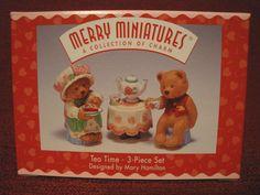 1996 Hallmark Merry Miniature Tea Time Bear Figurines Valentine Sweethearts NIB
