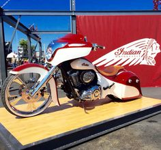 Nice Flowing Lines on this Azzkikr Custom Indian Bagger Concept Motorcycles, Custom Motorcycles, Indian Motorcycles, Custom Bikes, Indian Motorbike, Victory Motorcycles, Bagger Motorcycle, Motorcycle Seats, Motorcycle Types