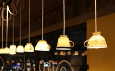 Perfect lighting for a tea shop or cafe. Coffee Shop Design, Cafe Design, Opening A Coffee Shop, Coffee Room, Coffee Wine, Coffee Lab, Cafe Shop, Cafe Interior, Home Lighting