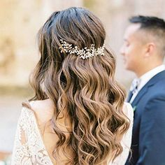 What's the Difference Between a Bun and a Chignon? - How to Do a Chignon Bun – Easy Chignon Hair Tutorial - The Trending Hairstyle Bridesmaid Hair Updo, Prom Hair, Bridesmaid Hair With Flowers, Bridal Hair Flowers, Wedding Hair Half, Half Up Half Down Bridal Hair, Bridal Hair Half Up With Veil, Veil Hair Down, Wedding Curls