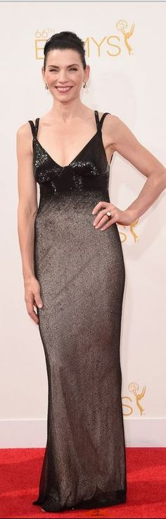Who made Julianna Margulies' black beaded gown that she wore 2014 Emmy Awards in Los Angeles