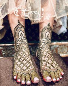 Mehndi Designs Feet, Stylish Mehndi Designs, Mehndi Design Photos, Wedding Mehndi Designs, Beautiful Henna Designs, Dulhan Mehndi Designs, Henna Tattoo Designs, Mehandi Designs, Mehndi Images