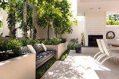 Modern & Minimalist Outdoor Area Ideas - Montreal Outdoor Living