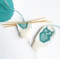 Ravelry: Perleuglevotter pattern by Tonje Haugli Kids And Parenting, Crochet Bikini, Ravelry, Patterns, Fashion, Block Prints, Moda, Fashion Styles, Fashion Illustrations