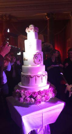 Weddingcake luxury