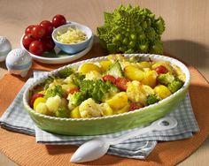 Unser beliebtes Rezept für Kartoffelauflauf mit Blumenkohl, Romanesco und Tomaten und mehr als 55.000 weitere kostenlose Rezepte auf LECKER.de.