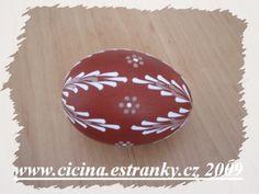 Christmas Bulbs, Christmas Decorations, Holiday Decor, Eastern Eggs, Polish Embroidery, Easter Egg Pattern, Easter Egg Designs, Ukrainian Easter Eggs, Crafts For Kids