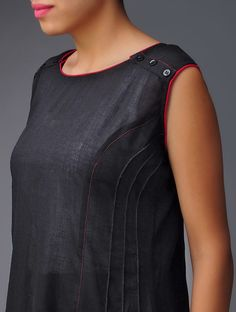 Buy Black-Red Panelled Pin-Tuck Cotton Kurta Online at Jaypore.com