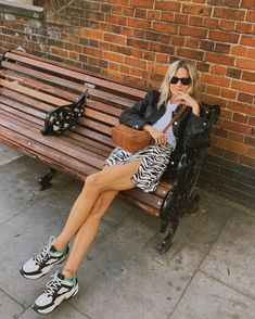 Cute, on-trend tourist street-style - Reformation snake skin printed mini skirt with slit, black leather jacket, loewe camel bag, sneakers with white t-shirt (Lucy Williams) Fashion Me Now, 90s Fashion, Fashion Outfits, Fashion Tips, Sandro, High Skirts, Chanel, Street Style, Wardrobe Capsule