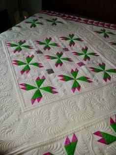 I dew quilting: Barbara's quilt, Rosebud