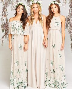 25 Spring/Summer Bridesmaid Dresses You Can Shop Right Now Bridesmaid Dresses floral bridesmaid dresses Printed Bridesmaid Dresses, Bridesmade Dresses, Beautiful Bridesmaid Dresses, Bridesmaid Outfit, Bridesmaid Flowers, Wedding Bridesmaids, Floral Wedding Dresses, Bridesmaid Dresses Floral Print, The Dress