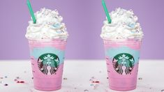 Make your own Starbucks Unicorn Frappuccino! Make your own Starbucks Unicorn Frappuccino! Starbucks Unicorn Frappuccino Recipe, Bebidas Do Starbucks, Starbucks Hacks, Starbucks Secret Menu Drinks, Cream Based Frappuccino Recipe, Non Coffee Starbucks Drinks, Starbucks Summer Drinks, Starbucks Smoothie, Desert Recipes