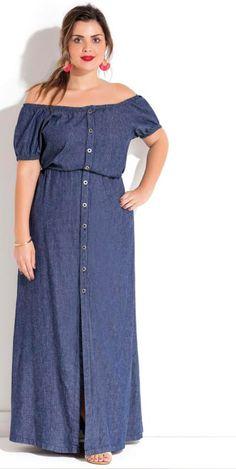 Vestido longo jeans ciganinha, peça indispensável para um look leve e descontraído.  #estilo #modaplussize #estiloplussize #eusouplus #meuestiloplussize #beline #belineplussize #roupasplussize #roupasfemininas #modafeminina #plussize #look #lookdodia #model #boutique #lookbook #fashion #moda #vestido #vestidoplussize