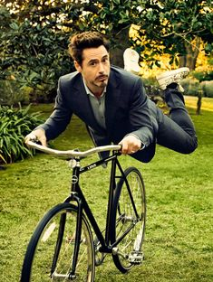 Robert Downey Jr.  bicycle levitation photography  Via  http://fuckyeahhighqualitypics.tumblr.com/post/49565829437