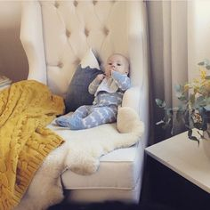 This is baby Otis kicking back on his bone Bordeaux rocking chair. His Mum is Ali and is beautiful both inside and out and is the brainchild behind stunning Australian wool brand @judeaustralia [cable blanket featured in this pic]. Do yourself a favour and check out her divine wares. #nursery #nurserydecor #nursingchair #nurserydesign #nurseryinspiration #hobbeaustralia #judeaustralia