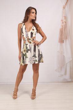 Vestido Recortes Floral