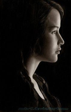 Amazing pencil portrait of Jennifer Lawrence by AmBr0