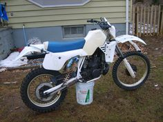 1985 Husqvarna 250WR, running now & plastic partial restored with steel wool,  Bike cleaned up, pic #1..sold
