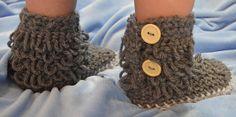 Crochet Loop Boots - super snuggly looking ♥