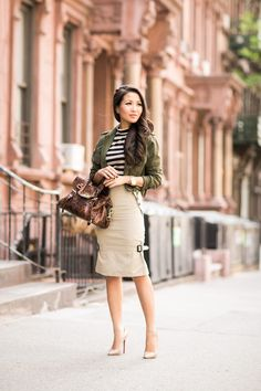 Greetings from NYC :: Flared skirt & Cropped jacket