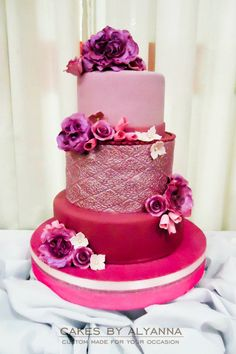 Pink Wedding Cake I shouldnt love this. but I really do. Amazing Wedding Cakes, Amazing Cakes, Cupcakes, Cupcake Cakes, Pretty Cakes, Beautiful Cakes, Cake Pink, Hot Pink Weddings, Wedding Cake Designs