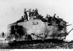 Sturmpanzerwagen A.7.V. (Abteilung 7 Verkehrswesen) | Flickr