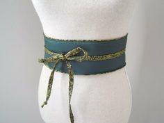 Ceinture obi cuir vert émeraude et tissu japonais, accessoire robe, cadeau  pour elle 5cc5506dcfd