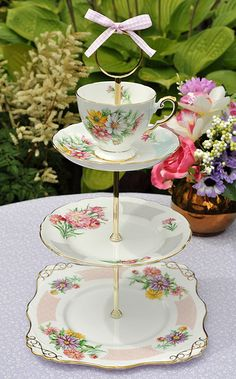 English China Pretty Tiered Cake Stand by cake-stand-heaven, via Flickr