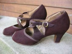Vintage Shoes Forties Peep Toe Pumps