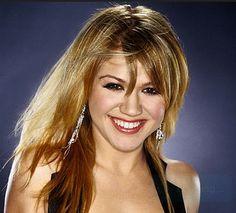 Kelly Clarkson!