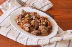 Hígado de pollo con calabacines y zanahorias | Comer con poco