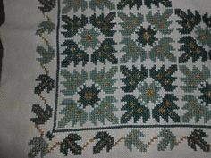 Cross Stitch Embroidery, Hand Embroidery, Cross Stitch Patterns, Crochet Carpet, Bohemian Rug, Needlework, Projects To Try, Diy Crafts, Quilts